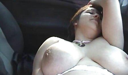 भाग्यशाली आदमी एक बड़ा बम से दूर ले इंग्लिश सेक्सी मूवी दिखाओ और सेक्स के बाद, उसे योनि पारित