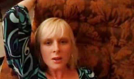 लाल पहने महिलाओं कैमरे के सामने दूध वसा दिखाया इंग्लिश सेक्स मूवी वीडियो