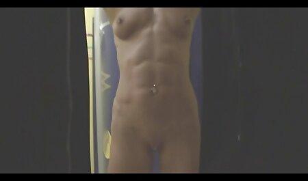 अच्छा स्नान में सेक्सी बफ इंग्लिश मूवी धोने और अंतरंग बाल कटवाने