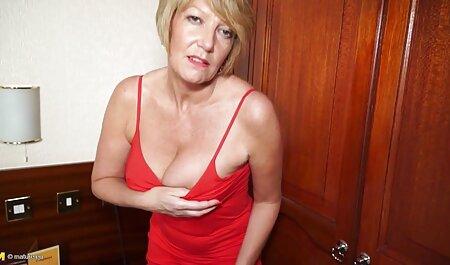 रबर सेक्सी बीएफ इंग्लिश फिल्म की गेंद पर लैटिन प्लास्टिक उसकी प्रेमिका पेंच