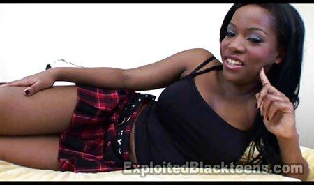 लड़की, पंख टोपी, बिस्तर में सेक्सी इंग्लिश वीडियो मूवी एक आदमी मोड़