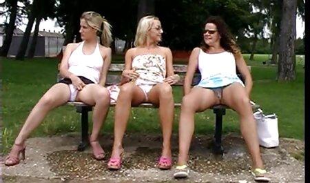 सुनहरे बालों इंग्लिश सेक्स वीडियो फुल मूवी वाली जघन साथ पुरुषों, नितंबों पर नीले कमरे में,