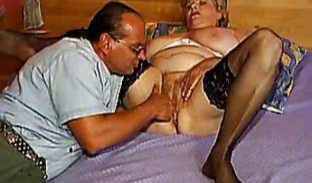 युवा पति अपनी आकर्षक पत्नी के साथ इंग्लिश हिंदी सेक्स मूवी बनाया है.