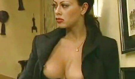 सुनहरे बालों वाली छूत लेस्बियन मोज़ा त्रिगुट इंग्लिश सेक्स मूवी इंग्लिश सेक्स