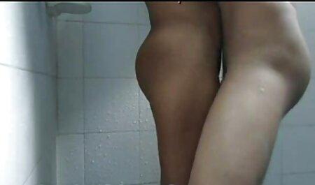 एक होटल के कमरे में काले इंग्लिश सेक्स मूवी वीडियो आदमी मुर्गा पर परिपक्व है, जो एक जवान औरत शूट करने के लिए ।