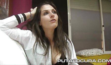 काली पोशाक इंग्लिश सेक्स वीडियो मूवी बड़ी चमक के साथ सुनहरे बालों वाली औरत