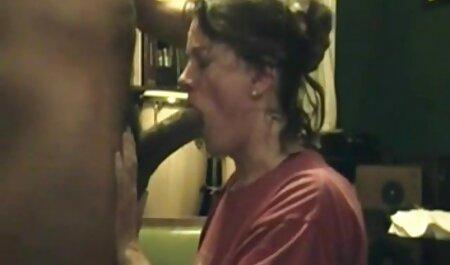 एक आदमी है जो रात की पाली से आया है और उसकी पत्नी गधा धड़कता है सेक्सी वीडियो इंग्लिश मूवी