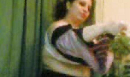 लड़की आदमी और उसकी फुल इंग्लिश मूवी सेक्सी छोटी बिल्ली के लिए उसकी आँखें बंद कर दिया
