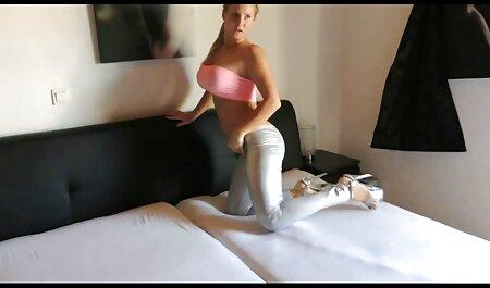 एक अजनबी के लिए युवा सेक्सी इंग्लिश मूवी वीडियो सौंदर्य
