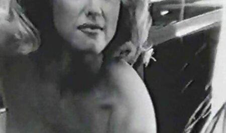 बड़े कूल्हों के साथ छेदा इक्का मिलता है इंग्लिश सेक्सी पिक्चर फुल मूवी