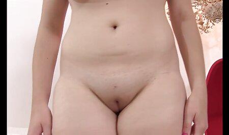 एक आदमी सेक्सी इंग्लिश मूवी वीडियो हर छेद में एक वेश्या जलता है.