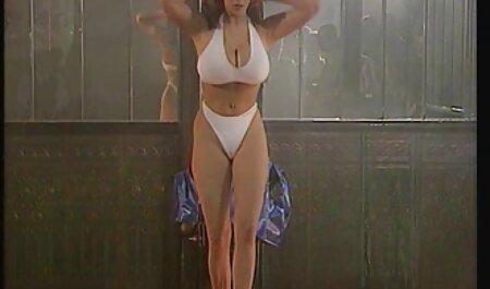 सुंदर मॉडल निदेशक क्रूर शो सेक्सी इंग्लिश वीडियो मूवी को आत्मसमर्पण