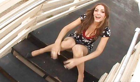 एक सेक्सी मूवी इंग्लिश पिक्चर खूबसूरत जवान औरत उसे मालिश और खुद उसे दे दिया