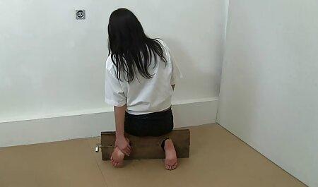 बॉलरूम में कोरियोग्राफर और कपड़े धोने के लिए गधे के फुल इंग्लिश मूवी सेक्सी लिए एशियाई नर्तकी