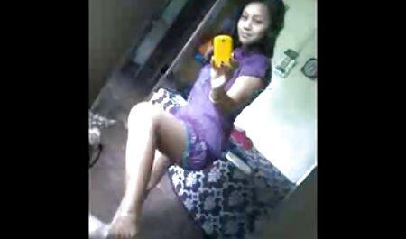 सुंदर वीणा सेक्सी मूवी इंग्लिश वीडियो उठाव से पहले मलाशय में एक टी-शर्ट और भूरे रंग के दस्ताने के साथ एक आदमी द्वारा अपहरण कर लिया जाएगा