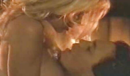 एक बड़ा के साथ मालिश इंग्लिश मूवी वीडियो में सेक्सी टोपी में दहेल डालने से टैटू है जो मेहमान