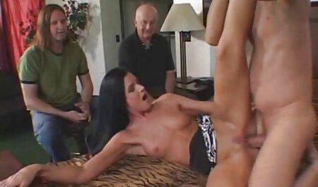 जर्मन लड़की अच्छा स्तन बाथरूम में खराब कर इंग्लिश सेक्सी मूवी ऑनलाइन दिया है